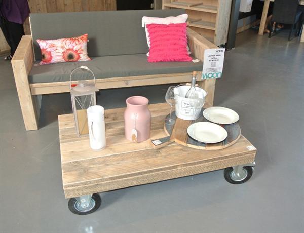 Steigerhout salontafel op wielen op maat gemaakt