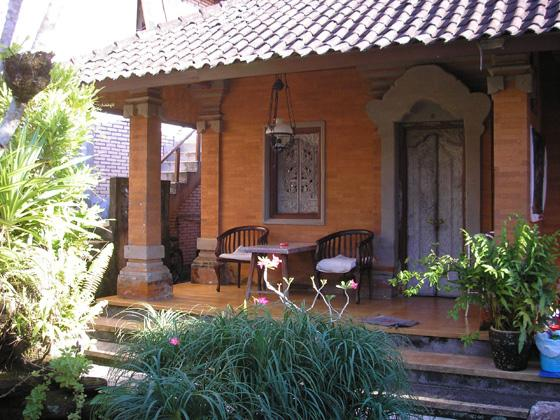 Warjihouse bungalows