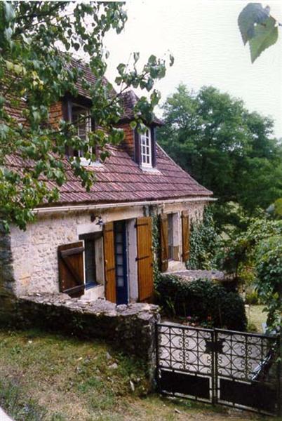 Dordogne - karakt.vakhuis-2-4p- va. 350 euro pweek