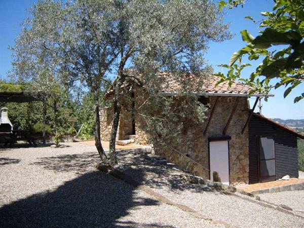 Toscane-Italië:Panoramisch gelegen huisje