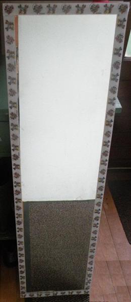 Spiegel, 28 x 106 cm.